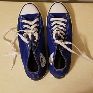 Dark Blue converse womens 11, men's 9